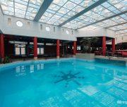 piscină acoperită