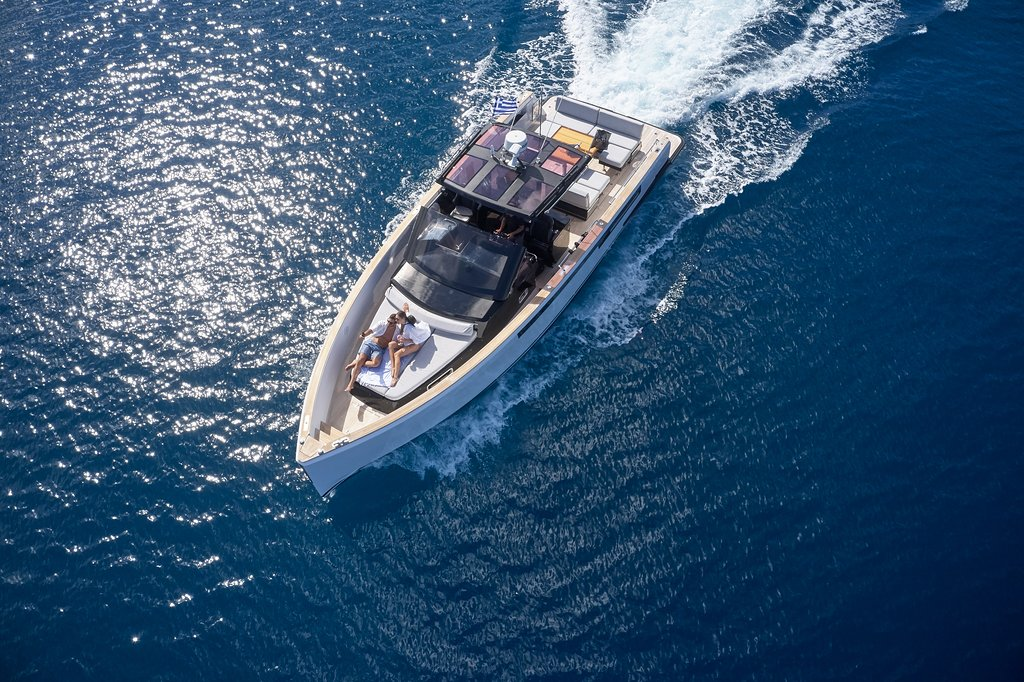 Activities yacht