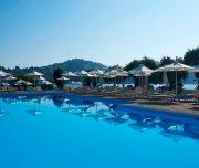 Louis corcyra beach piscina