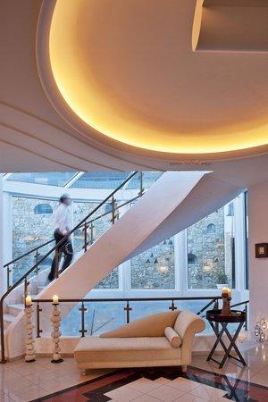 Myconian imperial hotel