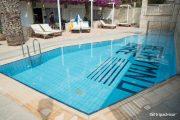"""Cameră """"Family"""" cu piscină împărțită"""