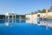 Imperial villa piscină