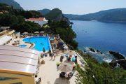 Akrotiri beach hotel