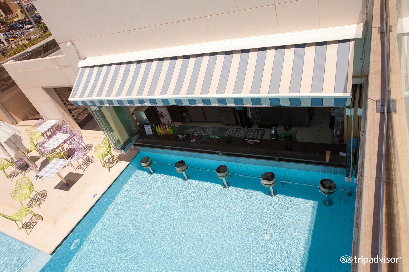 "Bar piscină ""Helios"""