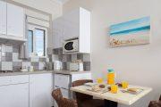 Apartament chicinetă