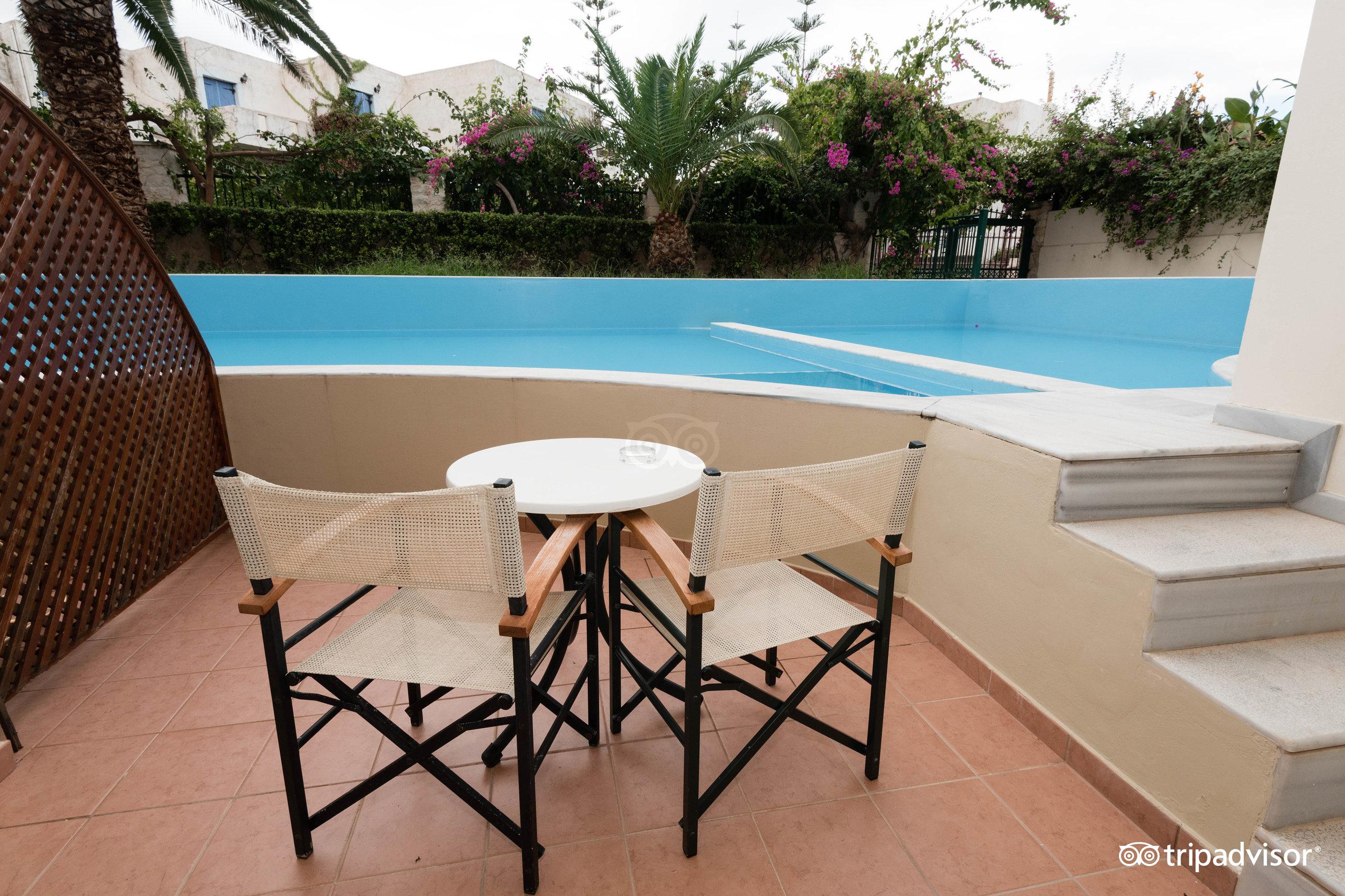 Cameră standard piscină comună