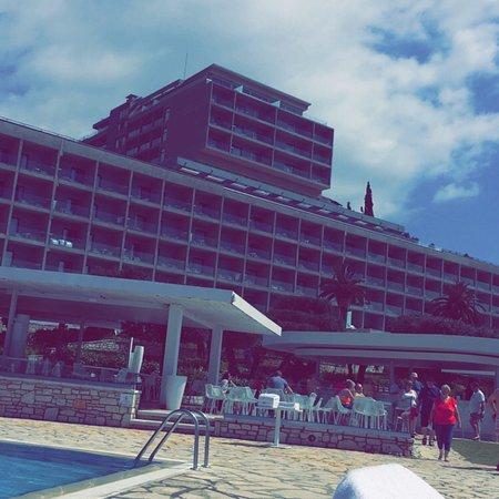 Atlantika Nissaki Beach
