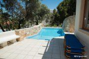 Suite cu piscină