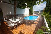 Cameră Junior cu piscină în aer liber